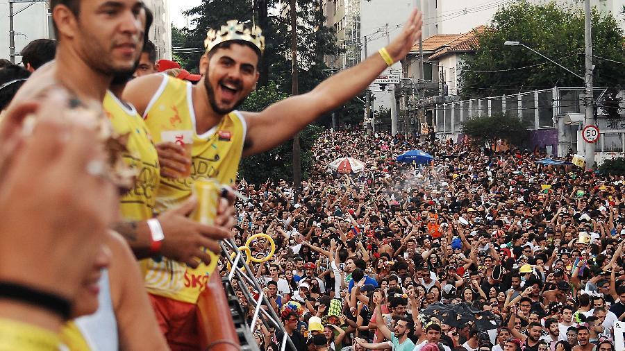 Em 2017, Bloco Agrada Gregos reuniu multidão na região central de São Paulo - Reinaldo Canato/UOL