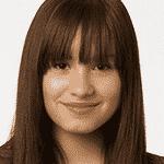 Demi Lovato em 2008, no filme Camp Rock, e em 2016, no Billboard Music Awards - Divulgação, Getty Images
