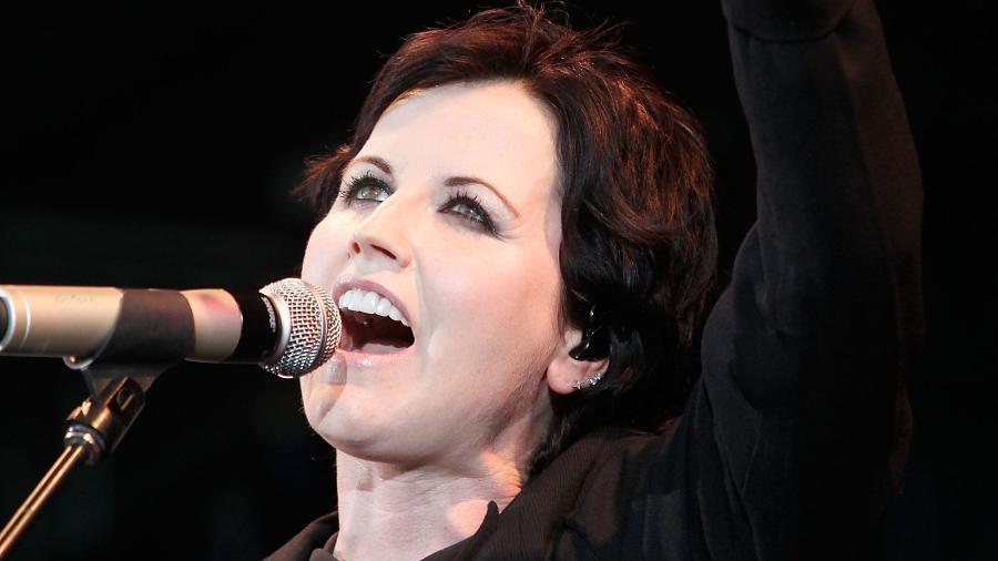 """A cantora Dolores O""""Riordan durante show dos Cranberries em Melbourne, Austrália, em 2012 - Paul Jeffers/Getty Images"""