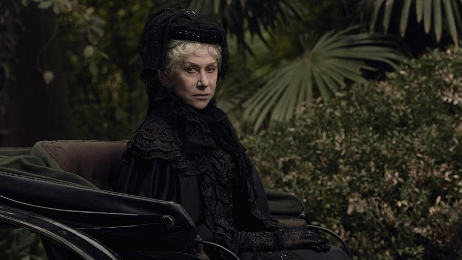 """Helen Mirren em cena de """"A Maldição da Casa Winchester"""" - Divulgação"""