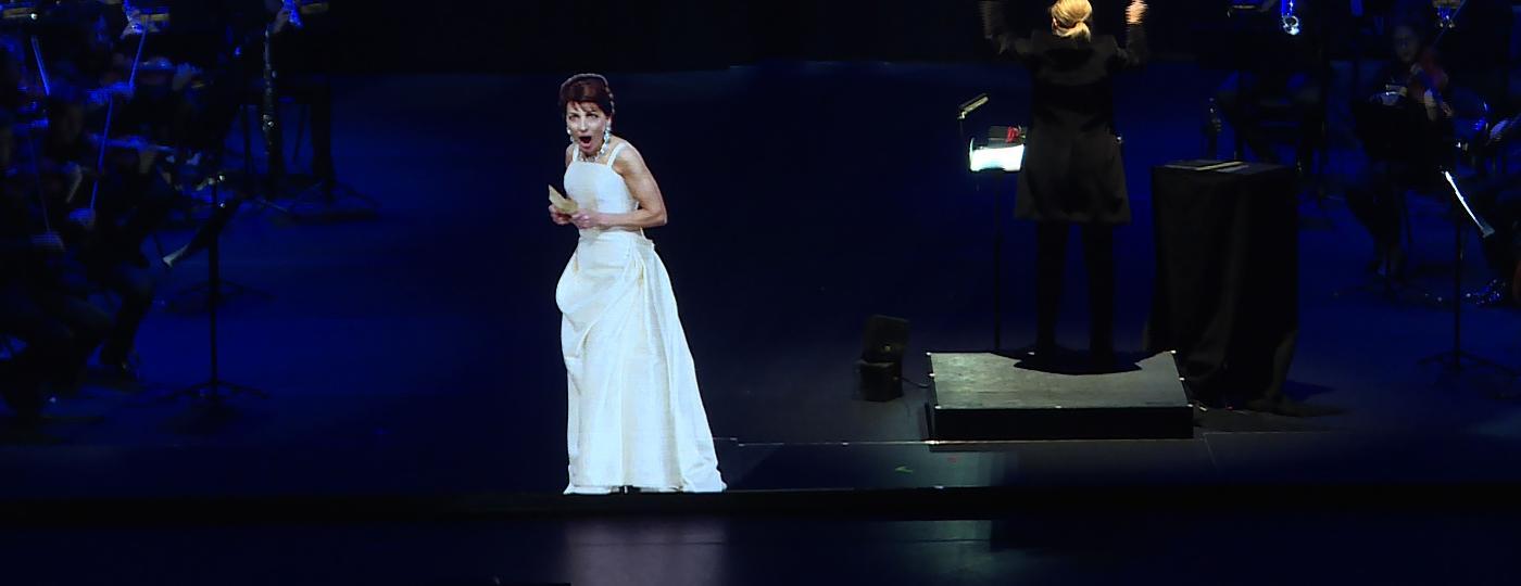 Holograma da soprano Maria Callas impressionou o público em Paris - Natalie HANDEL / AFP