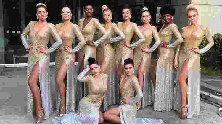 Liza Nunes e as colegas bailarinas do Faustão; ela diz ter sido muito bem recebida pelas novas amigas - Arquivo pessoal - Arquivo pessoal