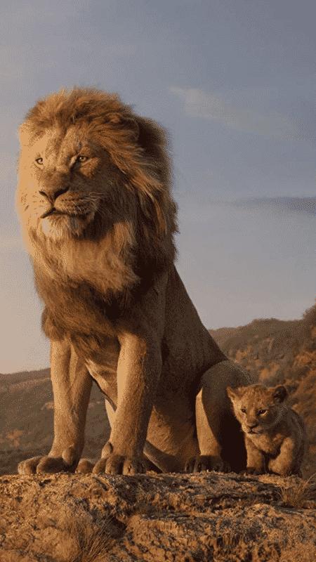 Mufasa e Simba em cena de O Rei Leão - Reprodução - Reprodução