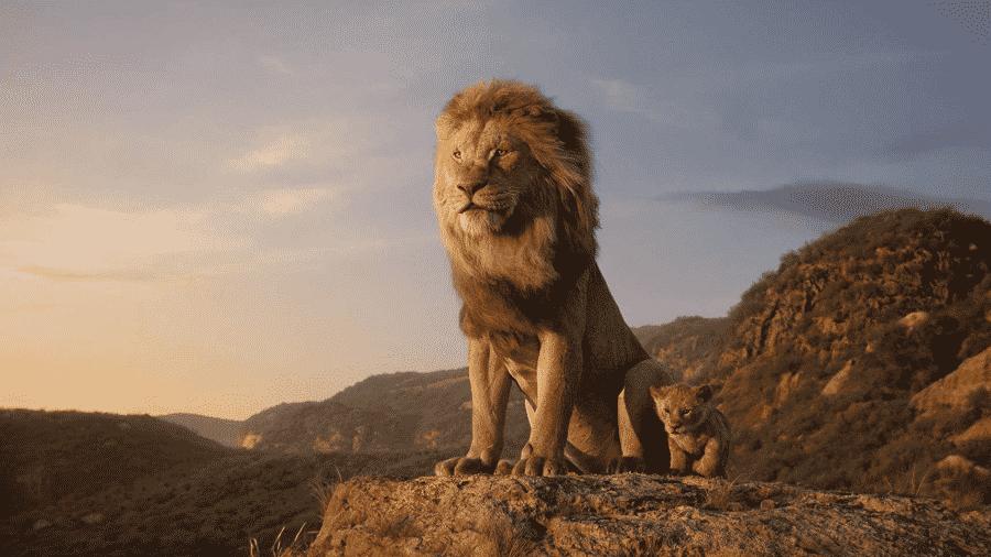 Mufasa e Simba em cena de O Rei Leão - Reprodução