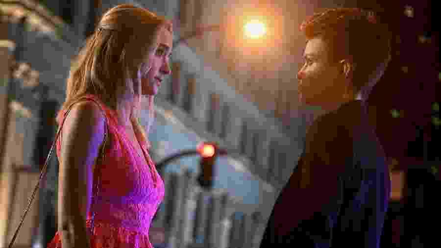 Kate (Ruvy Rose) e Reagan (Brianne Howay) em Batwoman - Divulgação