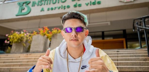 Pedro Antunes | MC Fioti faz puro suco de Brasil ao regravar 'Bum Bum Tam Tam' no Butantan
