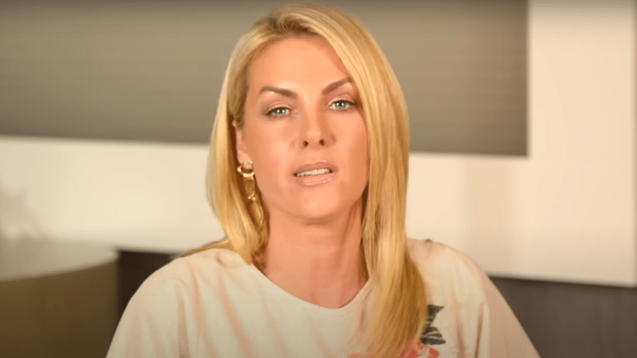 Ana Hickmann respondeu mensagens de haters - Reprodução/YouTube