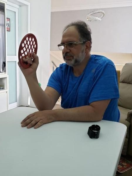 O cirurgião ortopedista Marcelo Abdalla Khouri ficou 26 dias intubado e agora luta contra as sequelas que a covid-19 deixou - Arquivo pessoal
