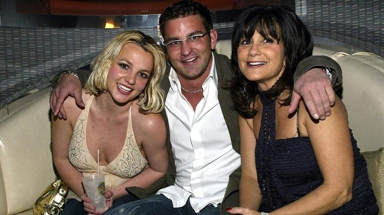Britney, her brother and her mother - Chris Farina/Getty Images - Chris Farina/Getty Images