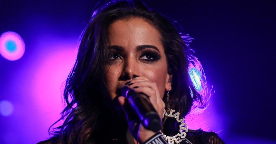 A cantora Anitta participou de um evento de moda no Aeroporto Santos Dummont, no Rio de Janeiro, na madrugada desta quinta-feira (15)