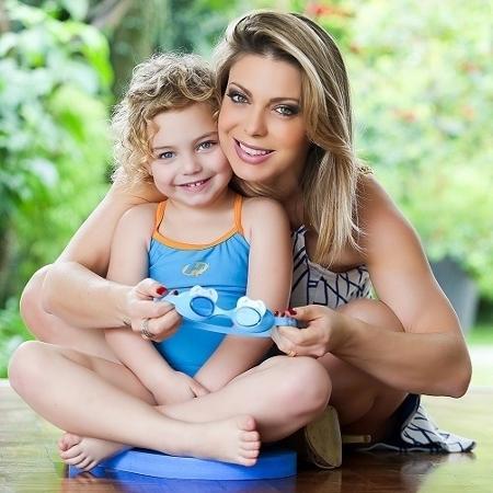 Sheila Mello e a filha Brenda  - Rachel Guedes/Divulgação
