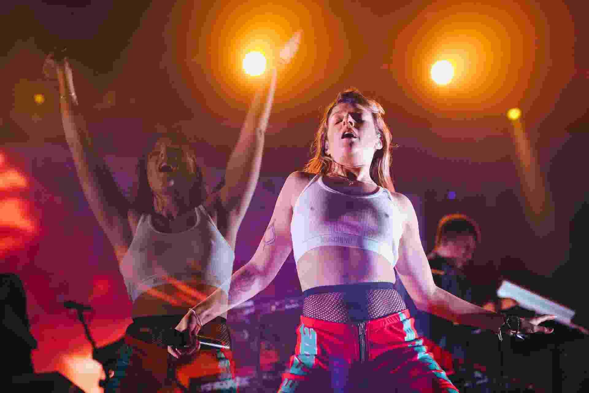 A cantora sueca Tove Lo não ficou parada nem um minuto durante o show que ela fez no Lollapalooza, no Autódromo de Interlagos em São Paulo - Felipe Gabriel/UOL