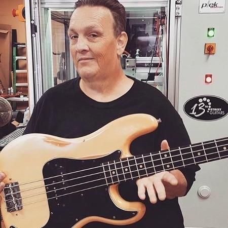 Steve Soto, baixista do The Adolescents - Reprodução/Facebook