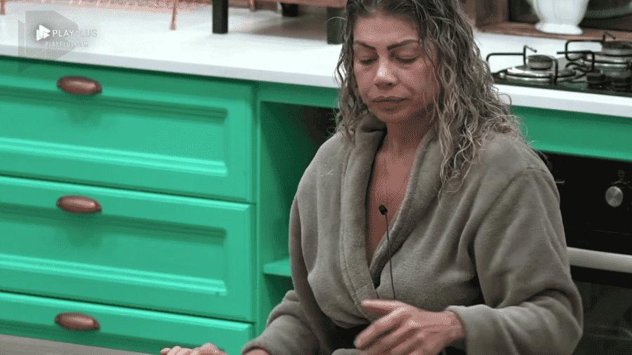Catia Paganote conversa com Felipe Sertanejo - Reprodução/Play Plus