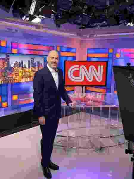Douglas Tavolaro, CEO da CNN Brasil, posa na na sede da emissora - Divulgação/CNN