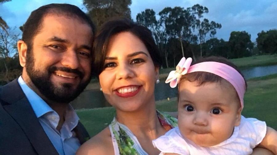 Carol é mãe de Maya, de dois anos. Ela garante que os 20 dias que o marido ficou em casa foram insuficientes - Arquivo Pessoal