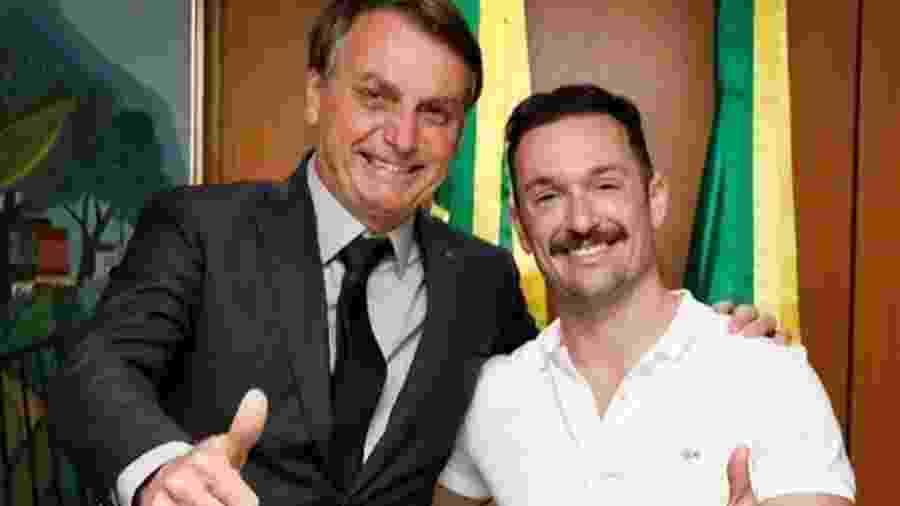 Jair Bolsonaro publica foto de encontro com Diego Hypolito - Reprodução/Facebook