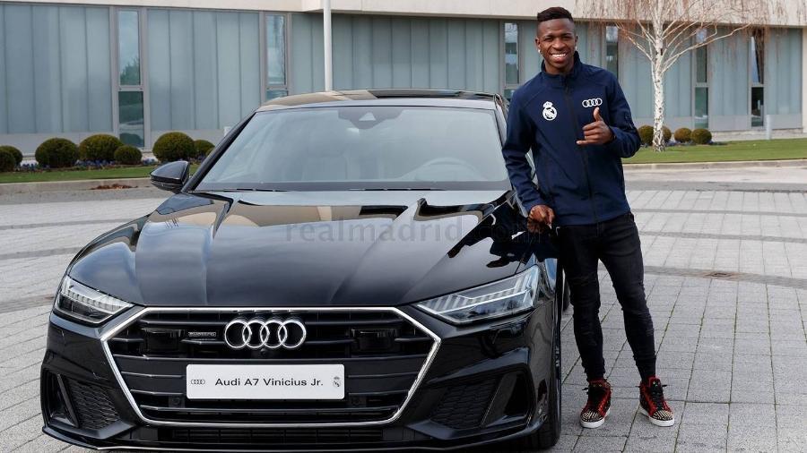 Jogadores do Real Madrid receberam os carros da Audi em 2019 - Divulgação/Real Madrid