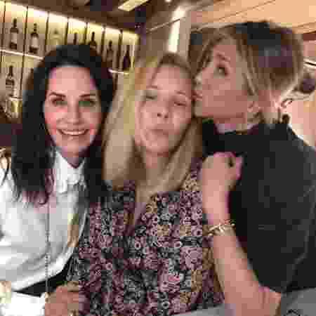 Courteney Cox, Lisa Kudrow e Jennifer Aniston - REPRODUÇÃO/INSTAGRAM