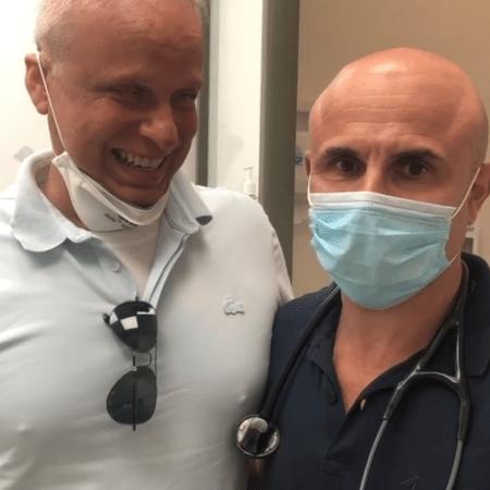 Dudu Braga gravou vídeo com seu médico, Fernando Maluf, para contar atualizações do tratamento contra o câncer - Reprodução/Instagram/@dudubraga2