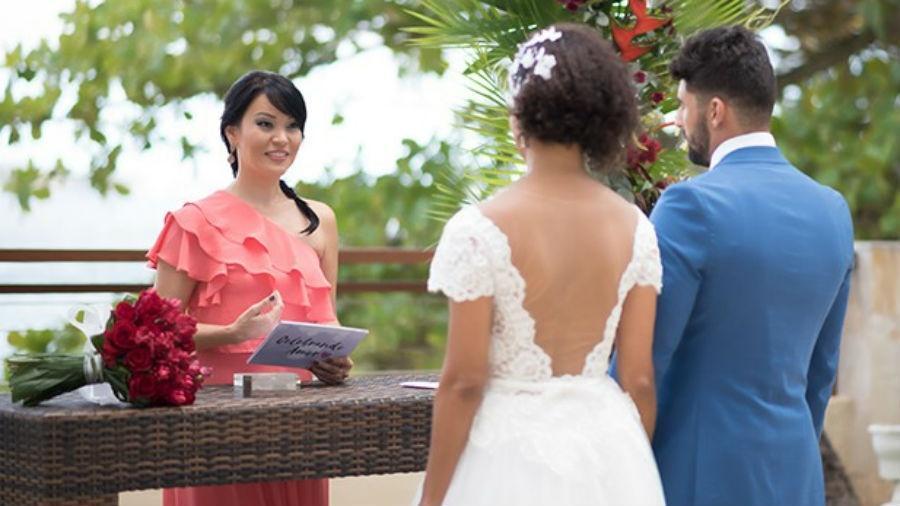 Sem abrir mão da carreira na TV, Geovanna Tominaga transforma hobby em profissão ao celebrar casamentos - Denise Ricardo/ Divulgação