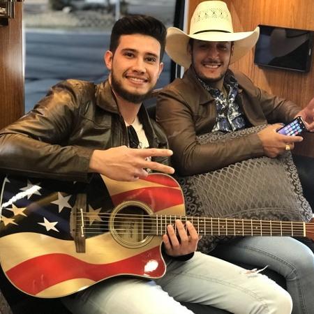 A dupla Bruno & Barretto viaja pelos EUA a bordo de um motorhome - Divulgação