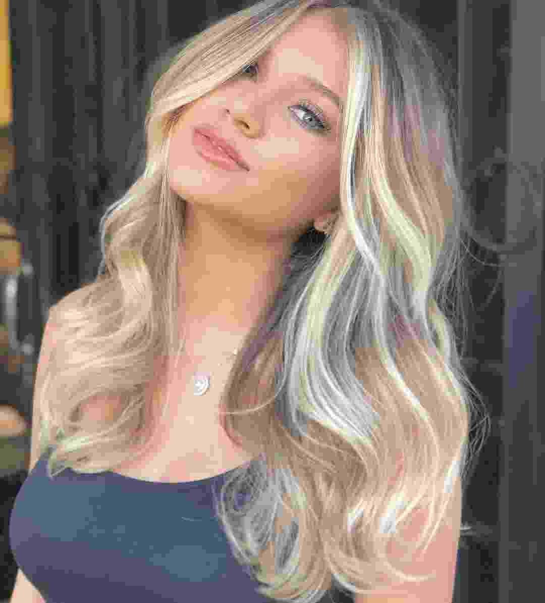 Lyandra Costa, 22 anos, é filha do cantor Leandro com a empresária Andréa Mota - Reprodução/Instagram
