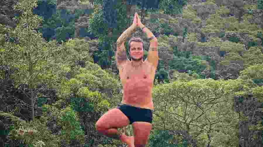 Thammy Miranda faz pose de ioga em pousada onde curte folga - Reprodução/Instagram