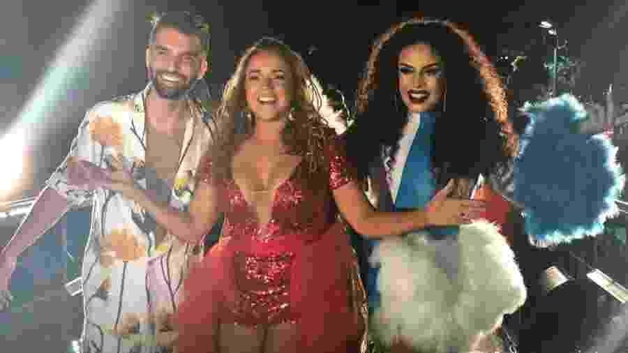 Silva e Gloria Groove cantaram no trio de Daniela Mercury - Felipe Pinheiro/UOL