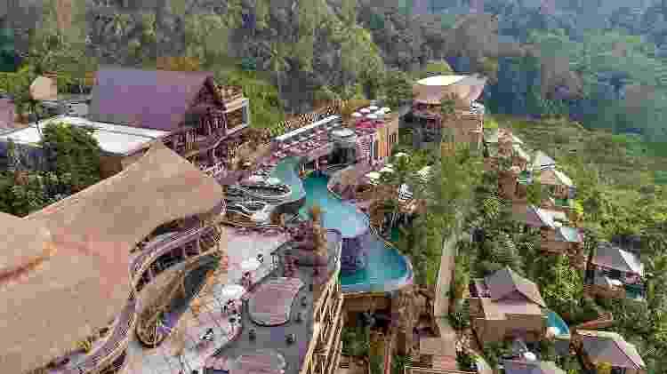 Piscina no Kayon Jungle Resort, em Bali - Divulgação/Kayon Jungle Resort