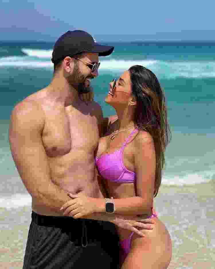 Rogério Fernandes e a ex-noiva, Ivy Moraes - Reprodução/Instagram @rogerioffernandess - Reprodução/Instagram @rogerioffernandess