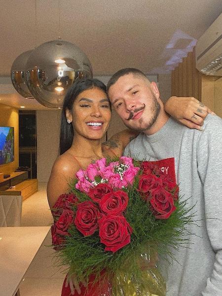 Pocah e o noivo de Ronan - Reprodução/Instagram