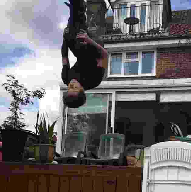 Ator Tom Holland posta vídeo no Instagram dando salto mortal de costas - Reprodução