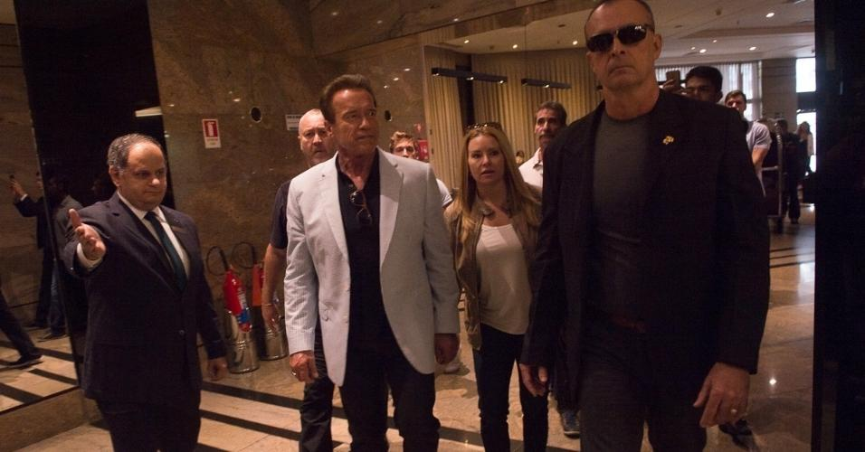 Arnold Schwarzenegger chegou na manhã desta sexta-feira no hotel Sheraton WTC, em São Paulo. Ele vem ao Brasil por causa do evento multiesportivo Arnold Classic South America, que vai até domingo na capital paulista