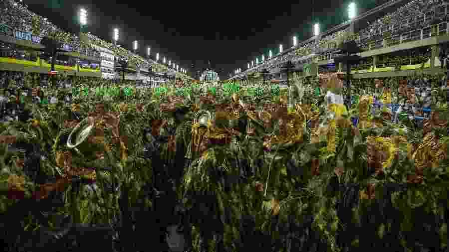 O desfile da Beija-Flor, atual campeã do Carnaval do Rio de Janeiro - Júlio César Guimarães