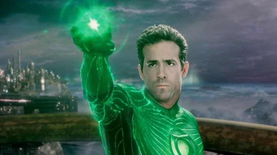 """Ryan Reynolds em cena de """"Lanterna Verde"""", de 2011 - Divulgação"""