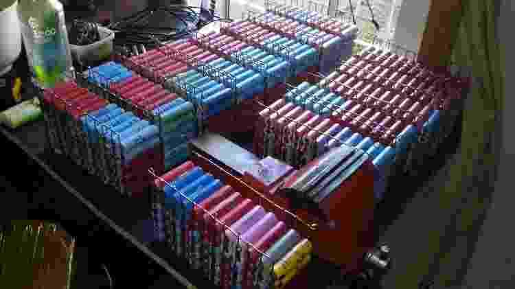 Pack de baterias do Gurgel de Alfredo Correia - Arquivo pessoal - Arquivo pessoal