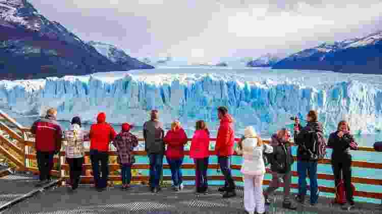 O glaciar Perito Moreno é um dos pontos turísticos mais marcantes de El Calafate - iStock - iStock
