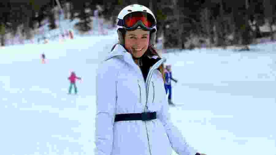 Paula Fernandes anda de snowboard na França - Reprodução/Instagram