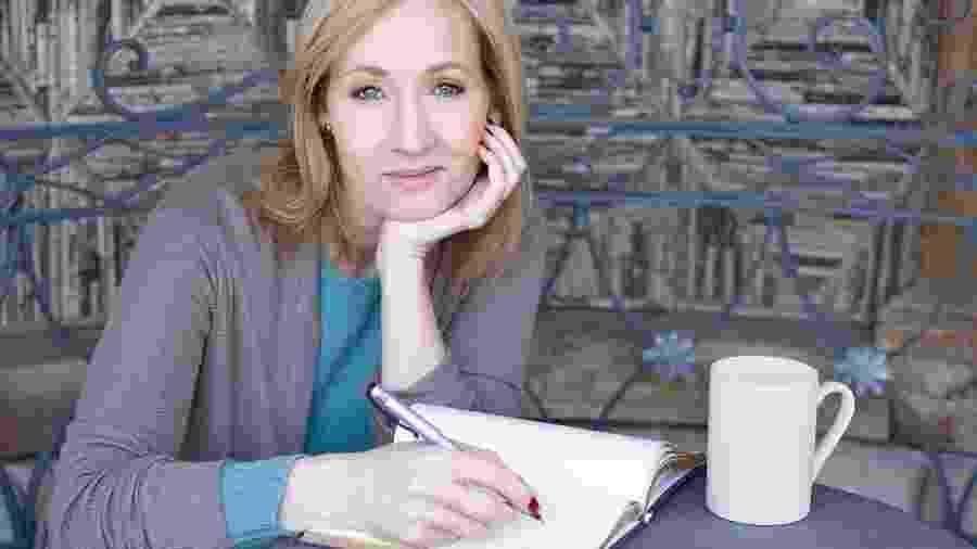 J. K. Rowling - Debra Hurford Brown/ J.K. Rowling