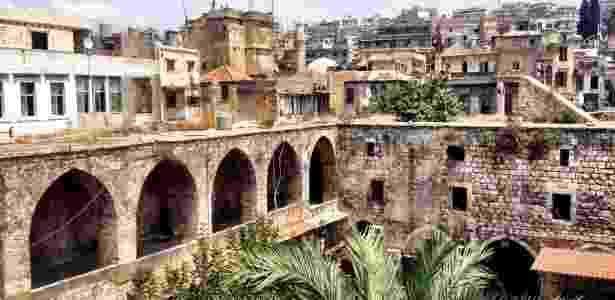 Centro histórico da cidade de Trípoli visto do alto de uma construção do século 13 - Marcel Vincenti/UOL - Marcel Vincenti/UOL