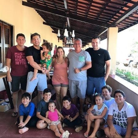 Wesley curtiu o Domingo do Dia dos Pais com a família em Fortaleza - Reprodução/Instagram/@wesleysafadão