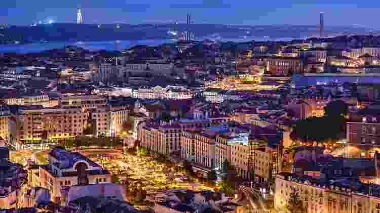 Cidade de Lisboa à noite, em Portugal - Getty Images/iStockphoto - Getty Images/iStockphoto