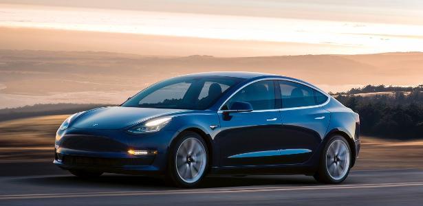 Cliente clica errado e compra acidentalmente 28 Teslas por R$ 8,1 milhões – UOL