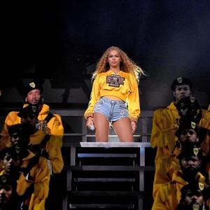 Beyoncé durante sua apresentação no Coachella 2018