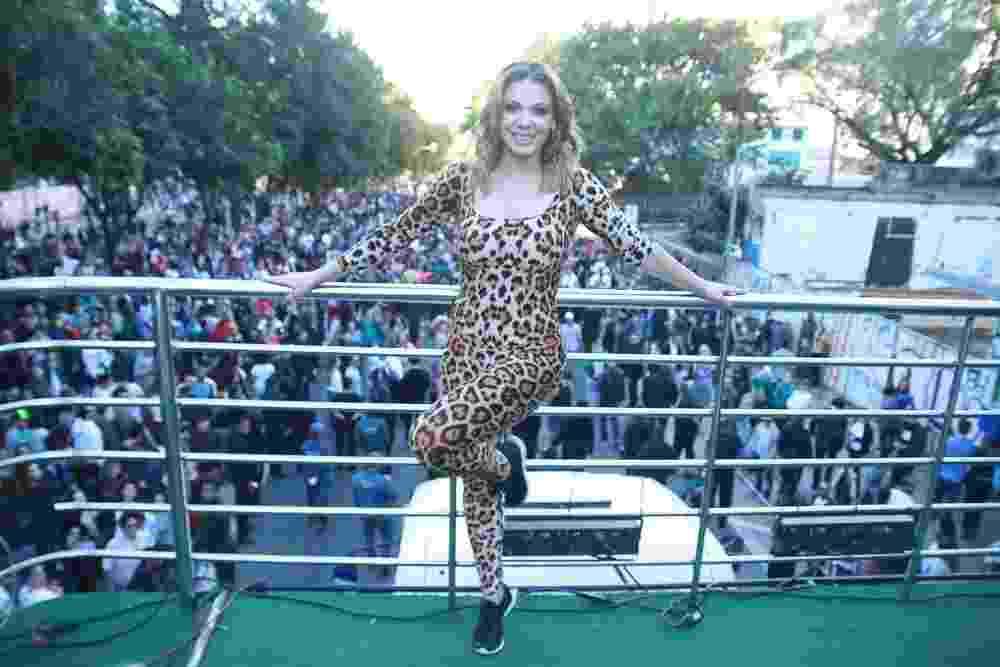 A loira do Tchan voltou! Sheila Mello é destaque na Virada Cultural - Amauri Nehn/Brazil News