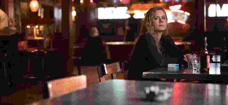 """Amy Adams em cena de """"Sharp Objects"""", da HBO - Divulgação"""