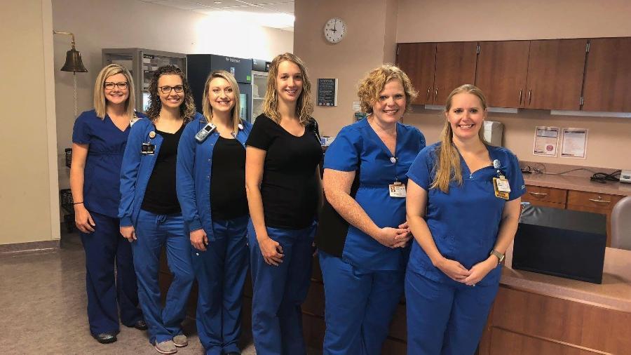 A turma trabalha no centro de oncologia do Wake Forest Heath Center, na Carolina do Norte - Divulgação/Wake Forest Baptist Health