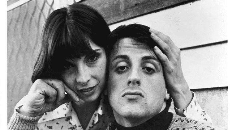 """Sylvester Stallone e Talia Shire em """"Rocky, um Lutador"""" (1976) - Reprodução - Reprodução"""