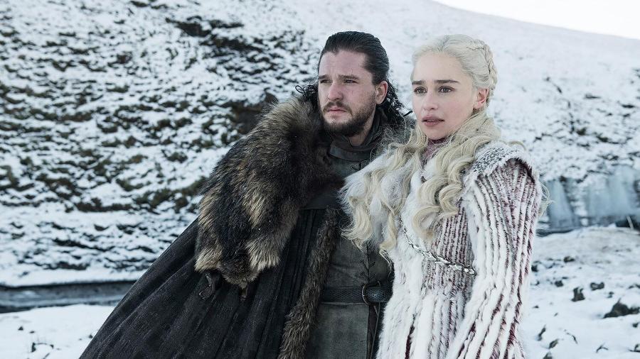 """Jon Snow (Kit Harington) e Daenery Targaryen (Emilia Clarke) na última temporada de """"Game of Thrones"""" - Divulgação"""
